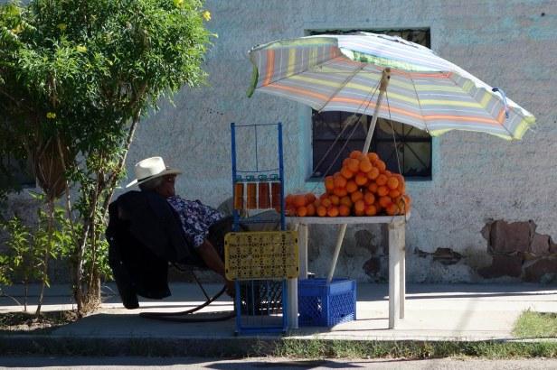 Vendeur d'orange à La Paz
