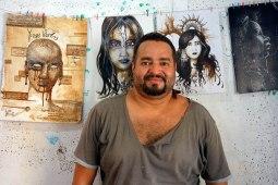 San Ramon, Nicaragua : Carlos rencontré grâce au couch surfing. Artiste qui peint avec du café.
